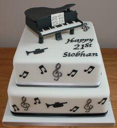 I love this cake idea Music Themed Cakes, Music Cakes, Black White Cakes, Piano Cakes, 13 Birthday Cake, Baking Cupcakes, Novelty Cakes, Wedding Catering, Creative Cakes