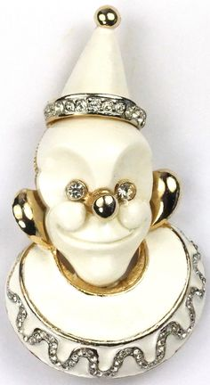 Hattie Carnegie White Faced Clown with Hat and Collar Pin