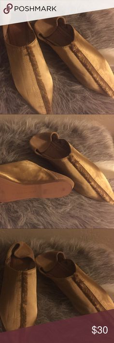 Zara (Yellow Silk Mules) Size 5 Beautiful Slip-On Mules (Spring Trend)   - Size 5 - Zara (2016 Collection)  - Never Worn  **Negotiable** Zara Shoes Mules & Clogs