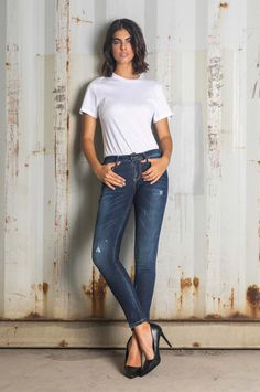 Super-skinny style with a regular waist. The medium blue wash is defined by handmade whiskers. Skinny Fit Jeans, Super Skinny, Fall Winter, Tights, Denim, Chic, Handmade, Blue, Tops