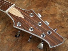 Highline Guitars Archtop Hollowby SG-style headstock