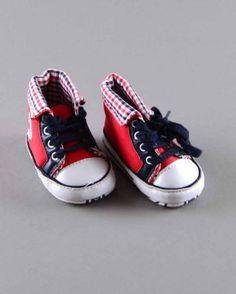 Botines rojos (talla 1 mes) 2,90€ http://www.quiquilo.es/bebe-nino/1324-botines-rojos.html