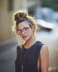 girl, fashion, and glasses afbeelding