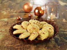 Bilderesultat for serinakaker Norwegian Christmas, Norwegian Food, Christmas Cooking, I Want To Eat, Food And Drink, Bread, Cookies, Desserts, Recipes