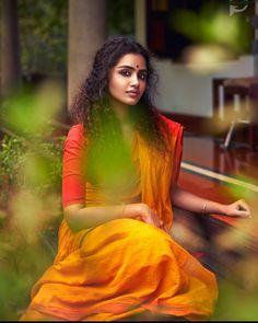 Indian Actress Pics, Tamil Actress Photos, South Indian Actress, Indian Actresses, Indian Idol, Beautiful Girl Photo, Beautiful Girl Indian, Most Beautiful Indian Actress, Beautiful Saree