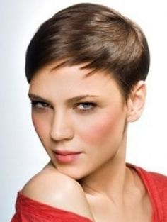 Easy Very Short Hairstyles | Winter 2011 Short Haircut Trends | Makeup Tips and Fashion
