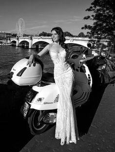 Robe de mariée de Veronika Jeanvie Paris 2018 #sirène #seine #rivegauche #scooter #blanc #rock #white #jourJ #mermaid #women #wedding #Paris #France #bride #robesdemariée #créatrice  #parisienne #modenuptiale #tendance #dress #weddingdress #collection  #trend #mariée #mariage #sexy #bride #wedding  #bridal #bridalgown #loveinparis #fashion #luxe #glamour #exclusive #style #loveparis