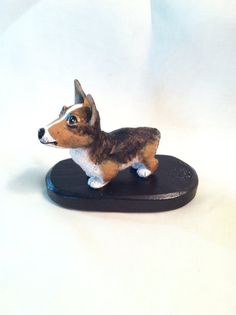 The  Corgi Difference by Jessie Noah on Etsy