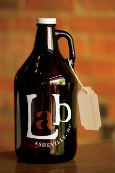 National Craft Beer Week Feat. Lexington Avenue Brewery in Asheville, NC! Comfort food, in-house brewery, live music... what more could you ask for? Find more on Asheville's Beer scene here...