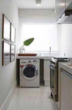 Quando pensamos em decorar nossa casa, acabamos deixando a lavanderia em segundo plano por ser um lugar escondido dos olhos das visitas, mas não é por isso que tem que ser um ambiente deixado de la...