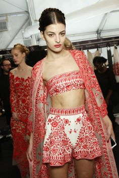 Backstage at Naeem Khan Spring 2014 - Slideshow - Runway, Fashion Week, Reviews and Slideshows - WWD.com