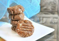 healthy pb cookies (sugar and gluten free)