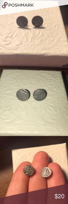 """VINTAGE Miniature """"Indian Penny"""" Earrings Vintage earring set, miniature Indian Penny with Native profile Jewelry Earrings"""