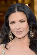 Who wore the nicest jewelry at the 2013 Oscars? #jewelry #Oscars