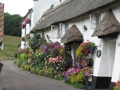 Fairytale English houses.  I love English cottages and English gardens.
