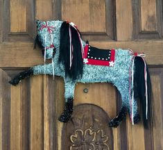 Items similar to Horse Wreath/ Andalusion Horse/Horse Head Wreath/Horse on Etsy Dressage Horses, Friesian Horse, Horse Art, Horse Horse, Horse Head Wreath, Black Highlights, Mane N Tail, Horse Crafts, Xmas Crafts