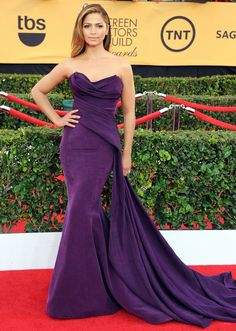 Look back at the best SAG Awards dresses throughout the years!