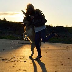 Love this picture of me and Leah ❤️ Malamute Dog, Dog Beach, Bradley Mountain, Sunset, Instagram Posts, Dogs, Pictures, Photos, Pet Dogs