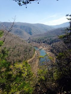Looking over the Nolichucky River from the AT. Beautiful day fora hike.