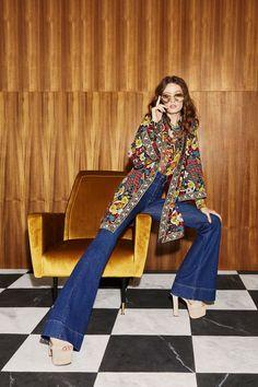291841de752678 Alice + Olivia Resort 2019 New York Collection - Vogue Big Fashion