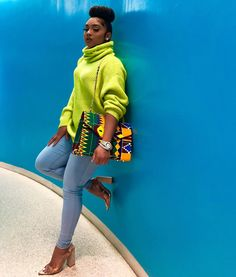 image of anaya ivy ( wearing neon sweater by zra, jeans by topshop,heels by public deisre - Your Ultimate Guide To Fall's Street Style Looks African Fashion Designers, African Men Fashion, Africa Fashion, African Women, African Outfits, Baddie Outfits For School, Outfits Mujer, Pull, Autumn Winter Fashion