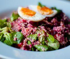 Ideaal om mee te nemen: bietensalade met quinoa en alfalfa