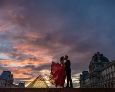 So many of you have been asking about this photo after seeing the story about the sky. Here it is ! Actually decided on not editing it as a silhouette. It is much more powerful! #parisphotographer #parisengagement #eiffeltower www.theparisphotographer.com