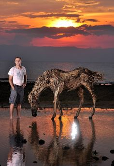 For 2014, James has created an extensive exhibit of horse sculptures and will be celebrating the Chinese year of the horse with them on exhibit throughout the world.