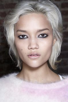 Getting And Keeping The Silver Hair Of Your Dreams   Beauty High