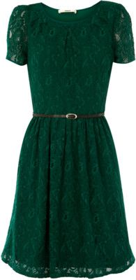 Green lace dress. Want! Want! Want!