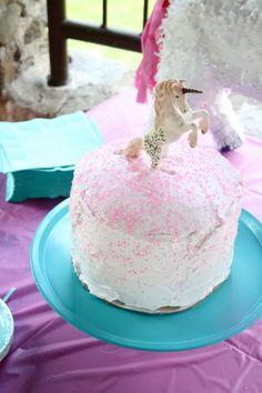 A Magical Unicorn Party // DIY Cake Stand   Dream Green DIY @Katie Schmeltzer Galley Snyder