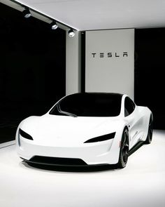 The new Tesla Roadster looks straight from the future! Makes us think of Stormtroopers, but better! The new Tesla Roadster looks straight from the future! Makes us think of Stormtroopers, but better! Luxury Sports Cars, Top Luxury Cars, Exotic Sports Cars, Sport Cars, Exotic Cars, Tesla Motors Logo, New Tesla Roadster, Dream Cars, Auto Girls