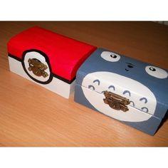 Minden anime rajongó örülne egy ilyen Pikachu pokelabda dobozkának