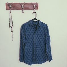 Vintage Liz Claiborne Button Down Shirt Great condition  Size S  Feel free to ask me any questions Thanks for browsing my closet! Happy Poshing Vintage Tops Button Down Shirts
