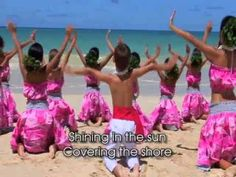 Pearly Shells - Hawaii Kids Calabash Songs - Pearly Shells From the hit sing along DVD #Hawaii Kids Calabash by Leon & Malia, Hawaii's favorite kids music entertainers. The well known song, danced by a keiki hula halau on the beach in Hawaii. Purchase the full DVD or video download here: www.hawaiikidsmusic.com