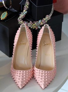 Christian Louboutin spiked pigalle in baby pink. Cute Shoes, Me Too Shoes, Christian Louboutin Shoes, Louboutin Pumps, Dream Shoes, Mode Style, Beautiful Shoes, Fashion Shoes, High Heels
