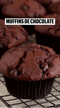 Baking Recipes, Cake Recipes, Dessert Recipes, Bolacha Cookies, Double Chocolate Muffins, Delicious Desserts, Yummy Food, Deli Food, Vegan Dishes