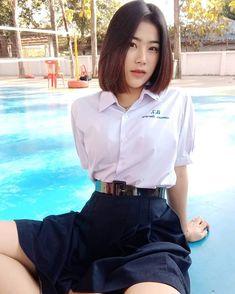 Pleated Mini Skirt, Mini Skirts, School Girl Fancy Dress, Asian Fashion, Asian Woman, Asian Beauty, Cute Girls, High Waisted Skirt, Ruffle Blouse