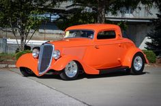 1934-ford-coupe-close-three-quarters-front-poteet-dave-lane