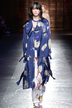 Emilio Pucci Spring 2016 Ready-to-Wear Collection Photos - Vogue  -  Mae Mei Lapres