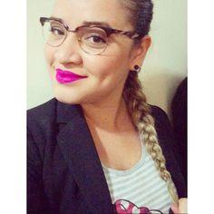 Rapunzel . #me#selfie#blondehair#trança #trançaembutida#cabeloarrumadinho #lipstick#pink#quemdisseberenice  #rosaorquídea#love by rmarilon