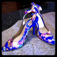 "SALE Blue Patent Spring Colorful Heels  SAVE ON SHOES  SALE -  Blue Patent 3"" Heels with fabric in lovely blend of bright colors by J. Renee.  NWOT retail $145. J. Renee Shoes Heels"