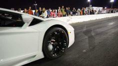 2012 Lamborghini Aventador LP700-4 vs McLaren MP4-12C