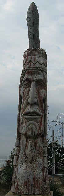 totem pole by becky731, via Flickr