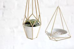Brass beauties to hang pretty much all of your favorite tiny things. decor, home decor, air plants