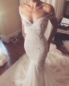 Low Shoulder Wedding Dresses ❤ See more : http://bugelinlik.com/en/wedding-dresses/low-shoulder/
