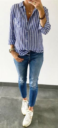 #summer #outfits Blue Striped Shirt Skinny Jeans White Pumps