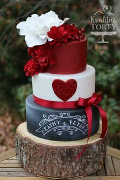 wedding cake with maroon red scarlet layer and a chalkboard layer