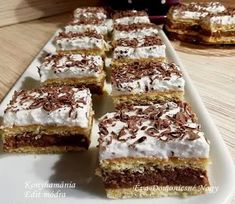 "Csak ezzel is az a ""baj"", hogy volt, nincs… Cake Cookies, Tiramisu, Banana Bread, Dessert Recipes, Sweets, Snacks, Cooking, Healthy, Ethnic Recipes"