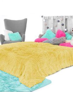 Zlte hrejive deky na postel Furniture, Home Decor, Decoration Home, Room Decor, Home Furnishings, Home Interior Design, Home Decoration, Interior Design, Arredamento